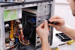 computer repair tech